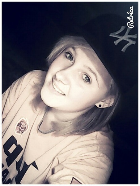 LauraPuzdrowska's Profile Photo