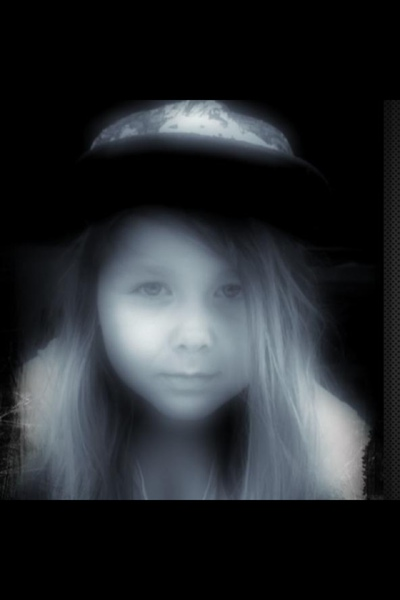 EmmyLoraine's Profile Photo