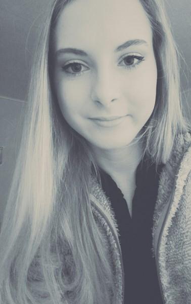 Sabina1909's Profile Photo
