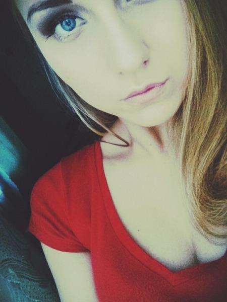 xoHoneyCocainexo's Profile Photo