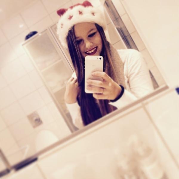 karinjohnsen_'s Profile Photo