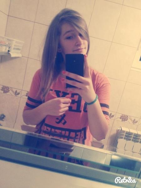 Kroffcia's Profile Photo
