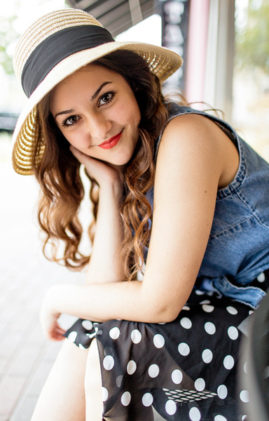 carlymaddox's Profile Photo