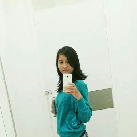 deaarini_'s Profile Photo