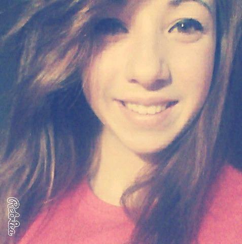 Lauraaaax332's Profile Photo