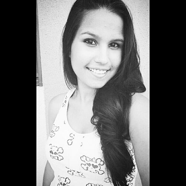 CamilaNogueira806's Profile Photo