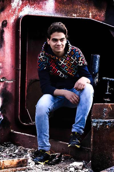 mkmkmkmk2013's Profile Photo