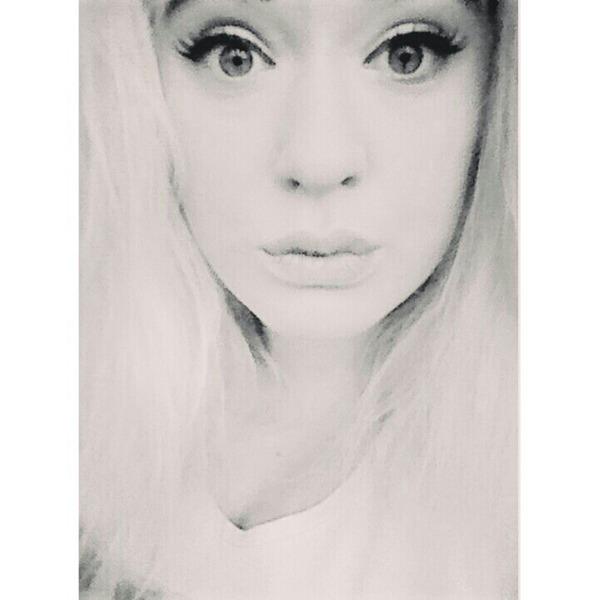 blooooondyneczka's Profile Photo