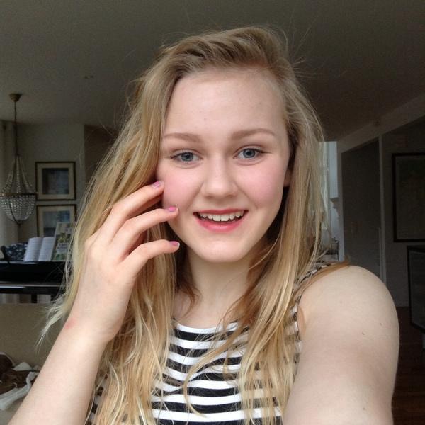 elinailona's Profile Photo