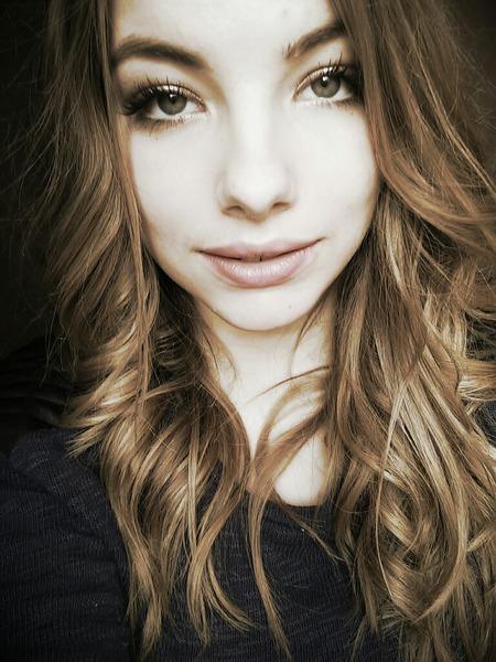 MoiVictoria's Profile Photo