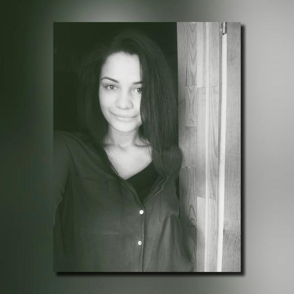 astajau's Profile Photo
