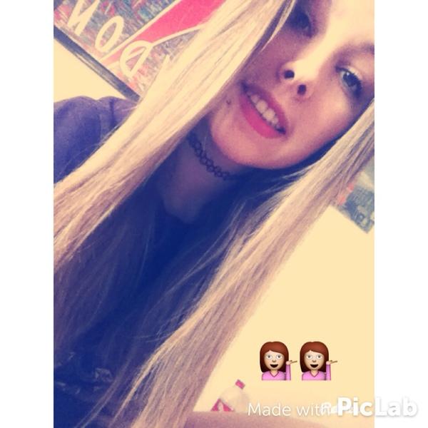 Lolaportier's Profile Photo