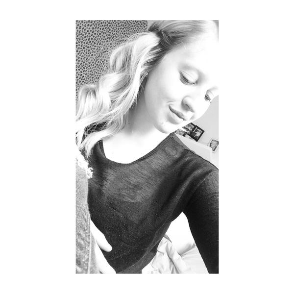 StacyyV's Profile Photo