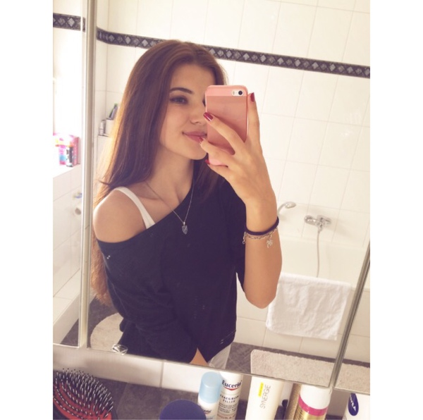Jasminaaa1410's Profile Photo