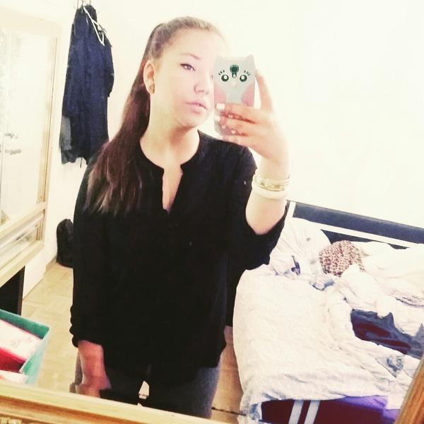 lauraaberduoderwas's Profile Photo