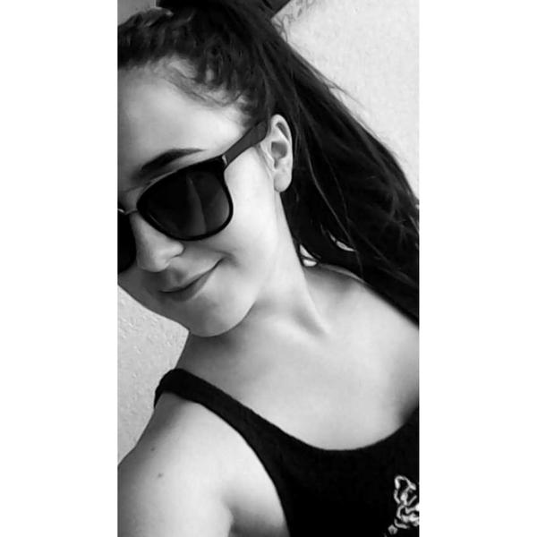 MarianaPeixoto5's Profile Photo