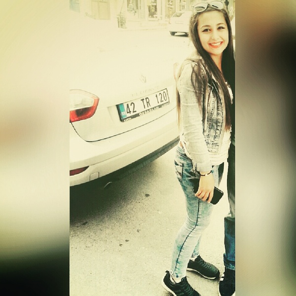 cleverrresra's Profile Photo
