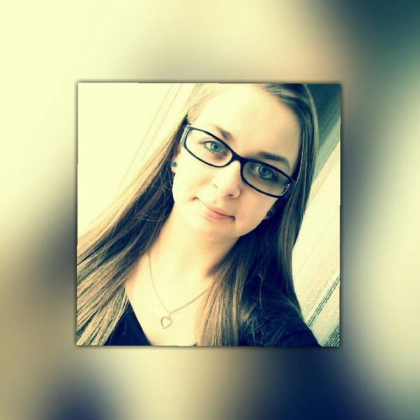 KarinaKrampitz's Profile Photo