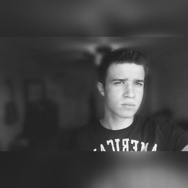 Jacob_S98's Profile Photo