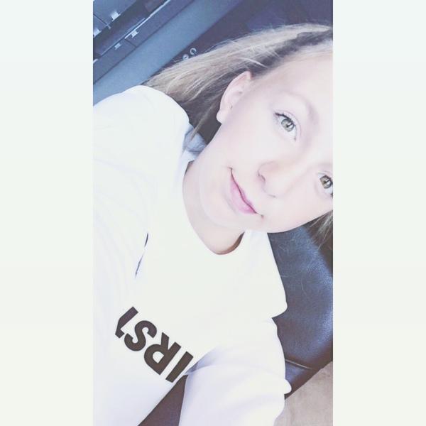 OliwiaZuzanna's Profile Photo