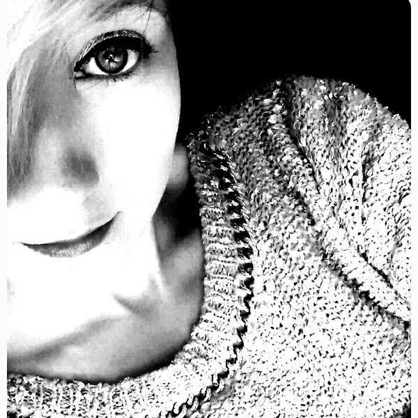 Ewelinaaa16's Profile Photo