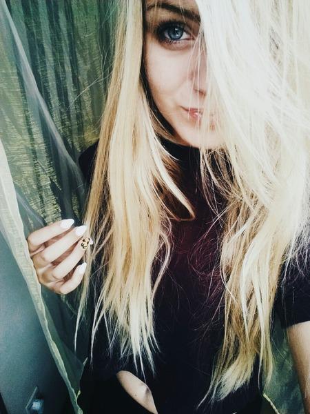 KarolinaaJB's Profile Photo
