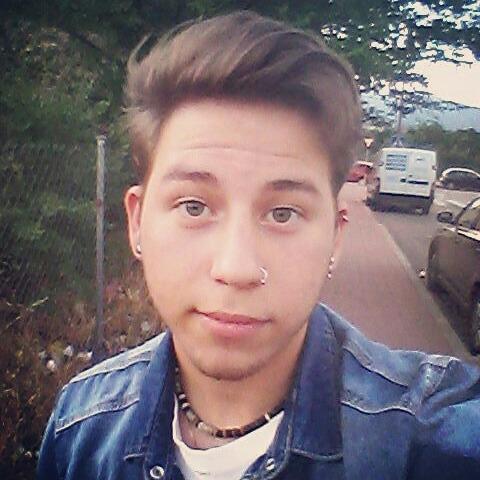 yil21's Profile Photo