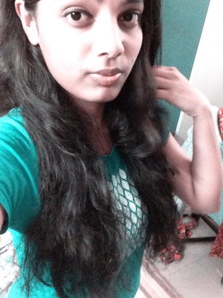 kavyaaofficial's Profile Photo