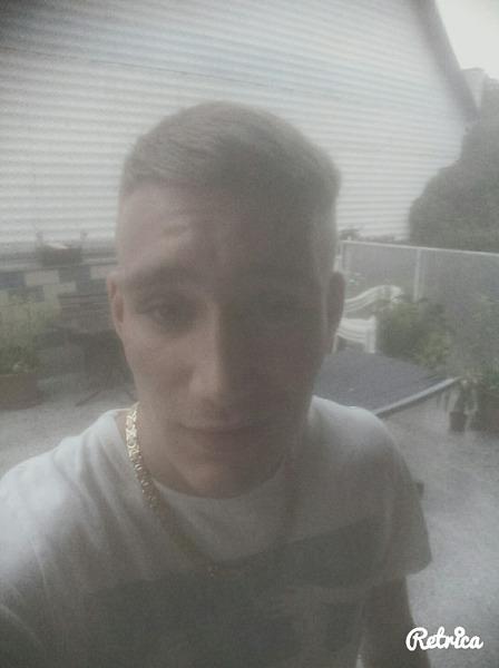 MaxMainstream's Profile Photo