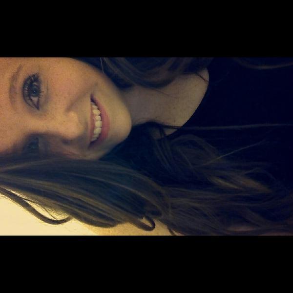 Becky205's Profile Photo