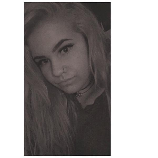 AprilLouise17's Profile Photo