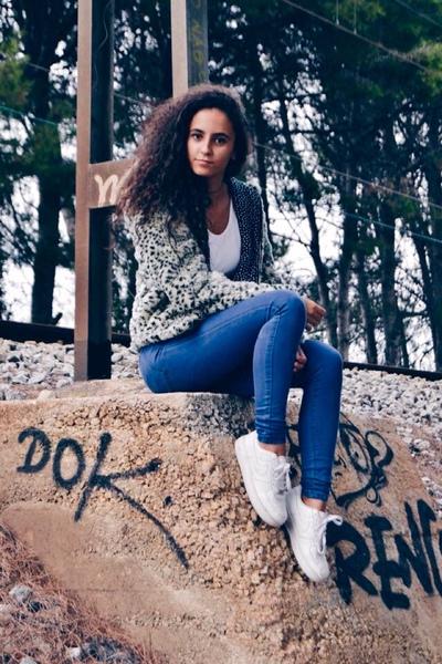 adrianaaragones's Profile Photo