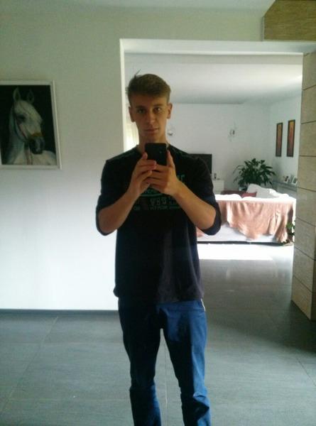 HELBIK69's Profile Photo