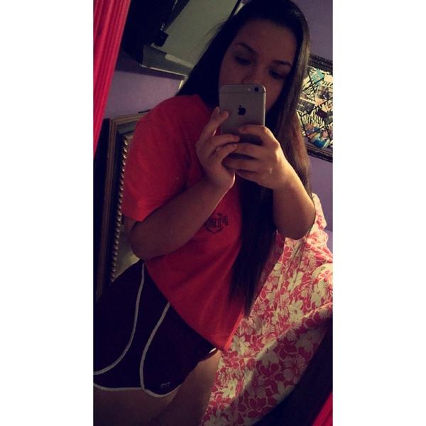 Michellevelazquez13's Profile Photo
