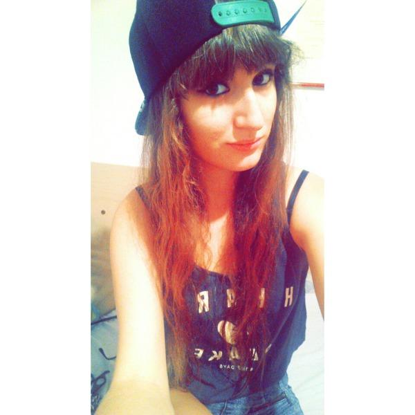 Soloparatiih's Profile Photo