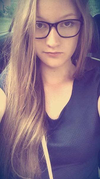 GabiSia_27's Profile Photo