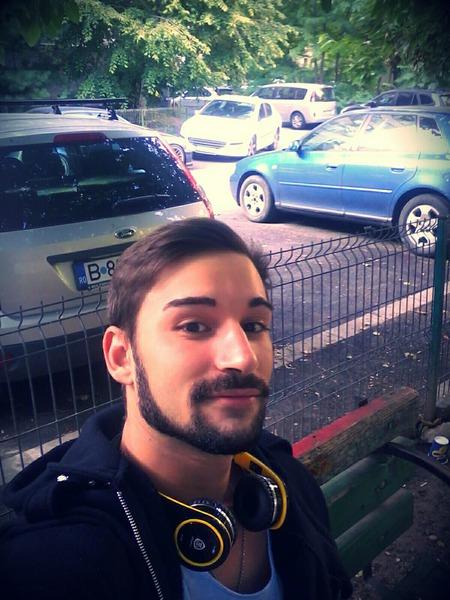 caesarg20's Profile Photo