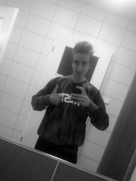 Zolacz's Profile Photo