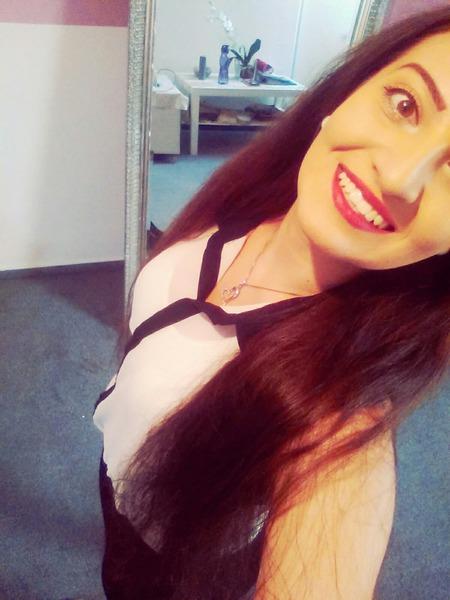 aamra's Profile Photo
