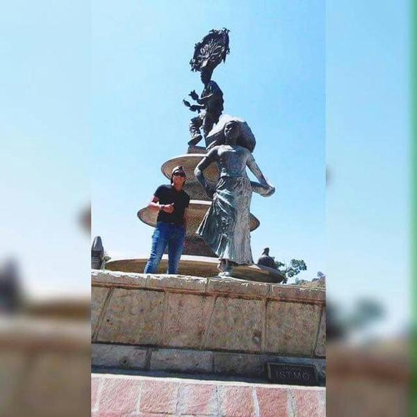 JuanAlmaraz's Profile Photo