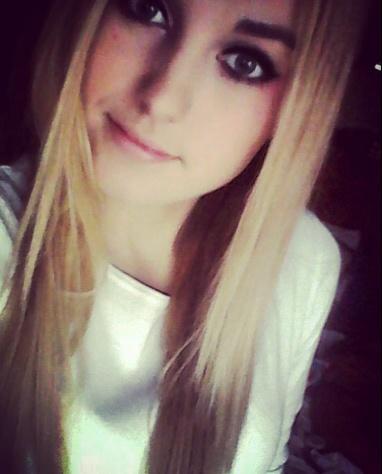 Madeelajna's Profile Photo