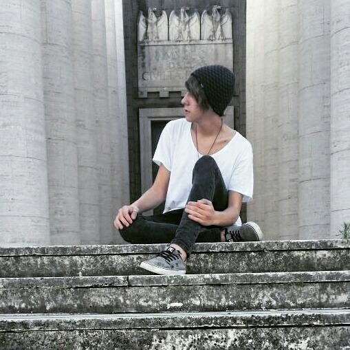 dedoloooo's Profile Photo