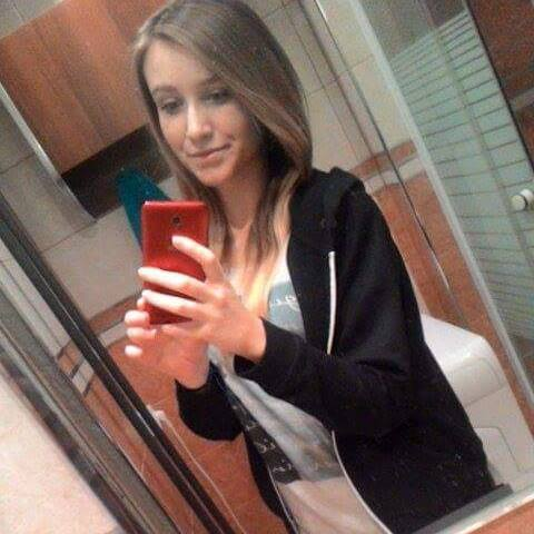 Wiktoria112334's Profile Photo