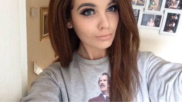 AliceMadness123's Profile Photo