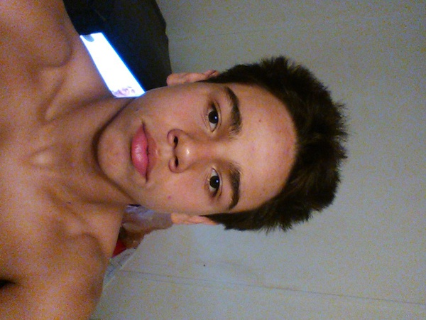 Joveonpoor's Profile Photo