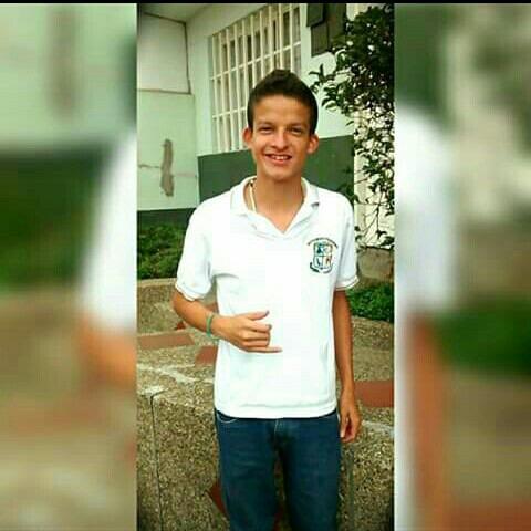 AlejoBenitez23's Profile Photo
