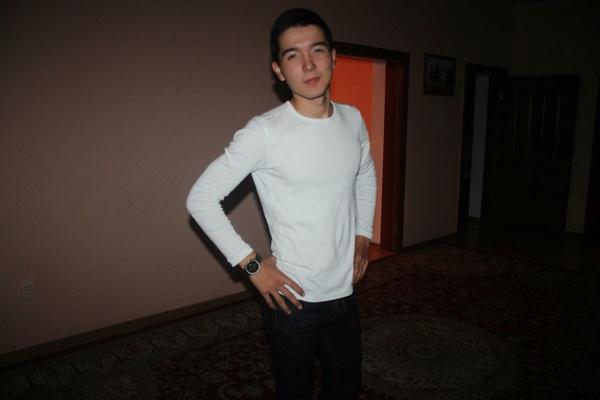 n_sharapatdin's Profile Photo