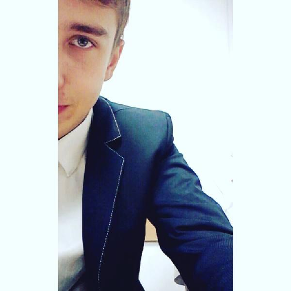 Venomeq's Profile Photo