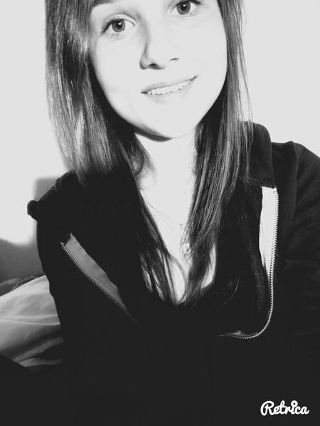 AnaisLeMaux's Profile Photo