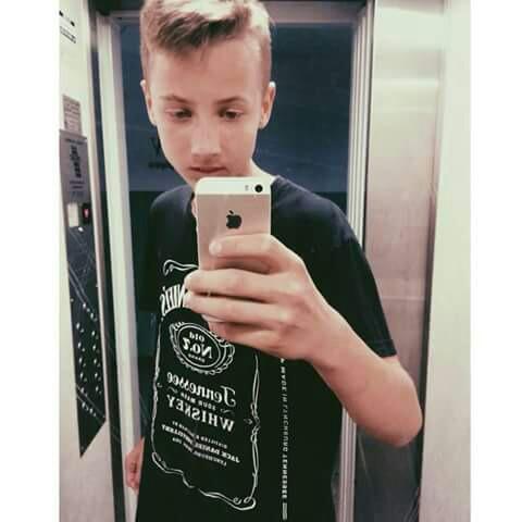 tomson999's Profile Photo